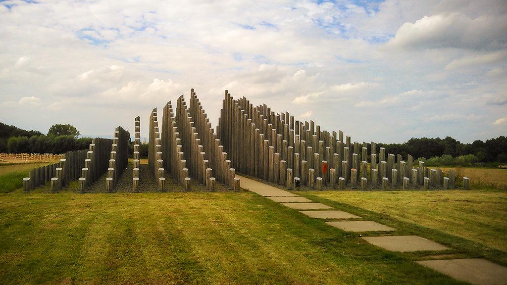Die Stangenpyramide bei Dreieich – FotoObjekt.FotoLocation.AusflugsZiel